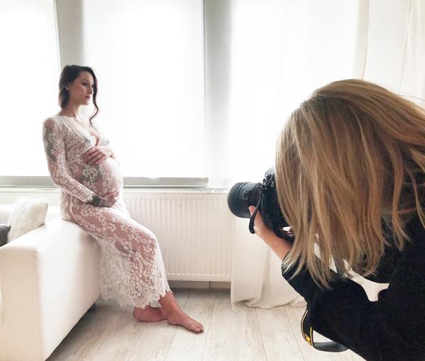 Fotograf-in Ricarda Hager - Babybauch Belly Fotografie aus Nürnberg Fürth Erlangen