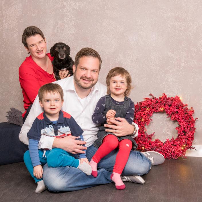 Fotograf Nürnberg Weihnachten Weihnachtsfoto Erlangen Fürth Fotostudio Fotografin Kinder Familie
